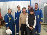 Наш переводчик с инженерами по шефмонтажу